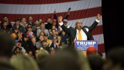 Pastor Mark Burns speaking at a rally for Donald Trump in 2016.