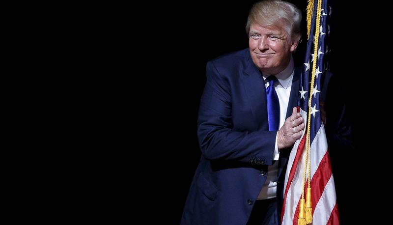 trumphugsflag